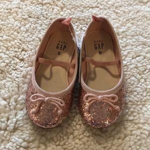 Pink glitter ballet flats for toddler